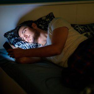 3 Ways Screen Time is Impairing Your Sleep