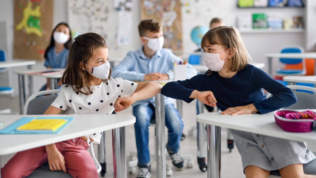 Mayo Clinic Q&A podcast: #AskTheMayoMom about COVID-19, school children