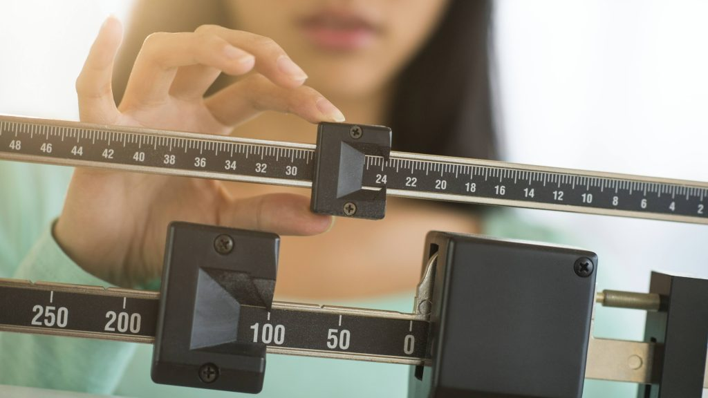 Link between extra pounds, severe COVID-19 illness grows stronger