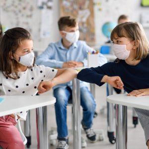 Benefits of kids wearing masks in school